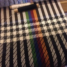 Weaving a shawl