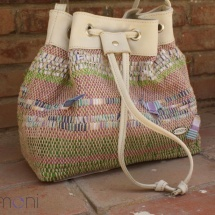 Woven Shoulder bag with stripes and Beige leather detail