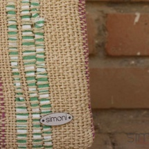 Woven beauty textural bag : purse details