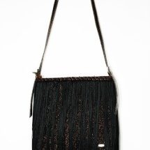 Woven fringed shoulder bag in black and copper