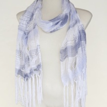 Woven scarf in blue