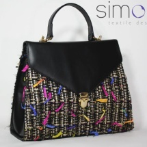 Woven tweed lady like bag in black and gold