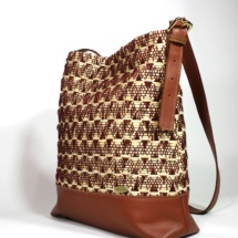 neutral shoulder bag with raffia and cottonshoulderbaga4