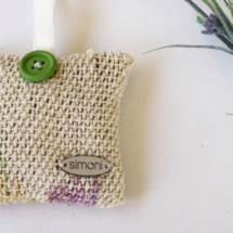 brooches27